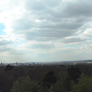 The cloudy sky of Shirley Hills