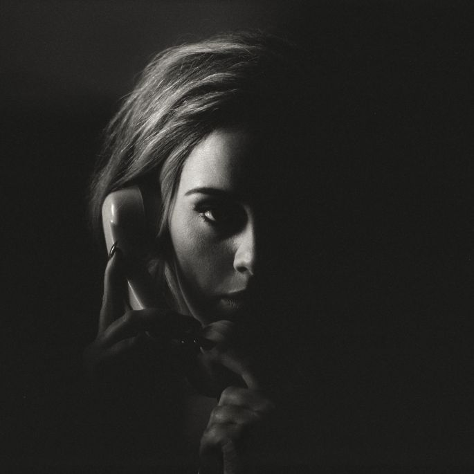 © Official Single Cover - ADELE & XL Recordings 2015